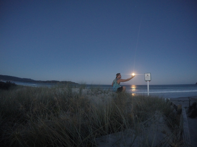 Capturing the last minutes of sunlight in Omaha, New Zealand